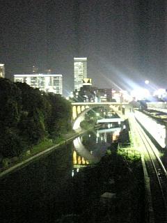 御茶ノ水橋にて